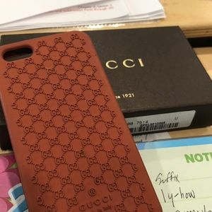 Accessories - Cell phone case